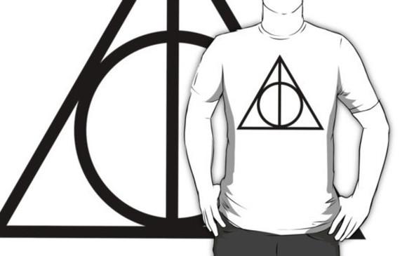 t-shirt triangle potterhead symbol hogwarts