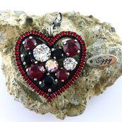jewels,siggy jewelry,swarovski,pendant,detachable pendant,swarovski elements,large pendant,statement jewelry,bling,sparkle,red