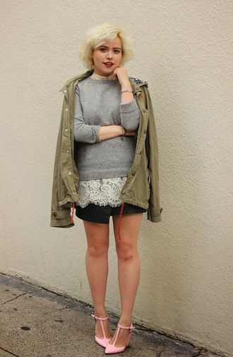 blogger khaki top parka grey sweater broke hell lace baby pink high heels