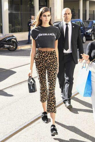 pants crop tops animal print kaia gerber model off-duty streetstyle milan fashion week 2017 fashion week 2017