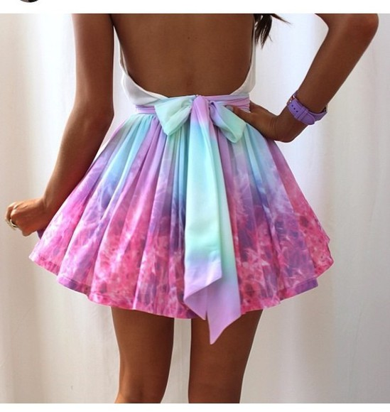 dress galaxy dress pink skirt pastel blue bow sunglasses tank top purple tye dye high waisted skirt mint galaxy short dress cute fashion ootd style colourful, cut out, open back, rainbow neeeed😫😫 blue dress p!nk multicolor need this dress, pink and blue👗 blue and pink colorful short skater dress skater open back dresses prom colour light outfift