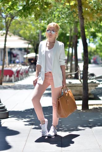 oh my vogue jacket jeans t-shirt shoes bag sunglasses