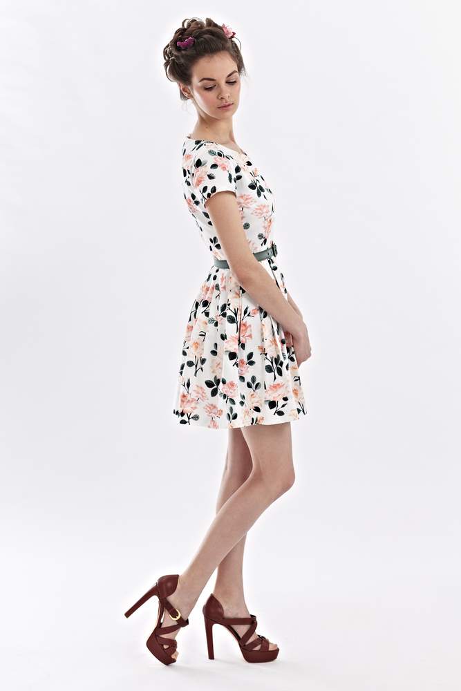 Rosa - V-neck floral dress | Mrs Pomeranz