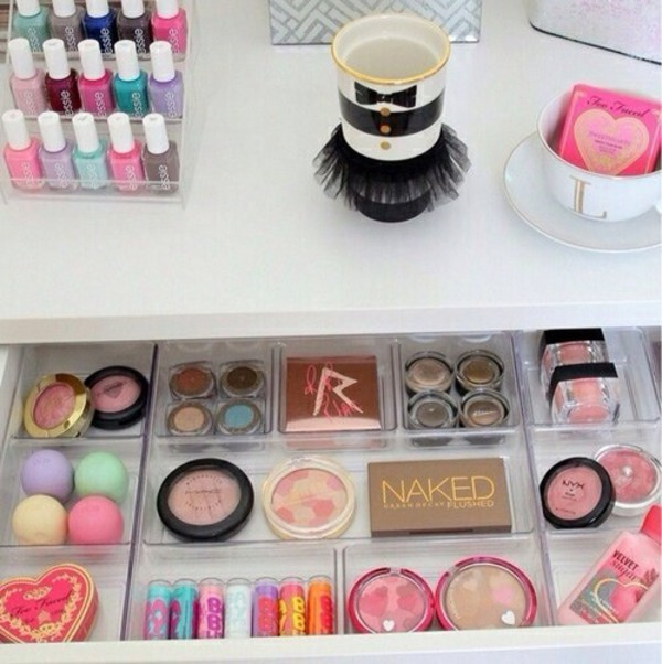 jewels make-up make-up storage cosmetics