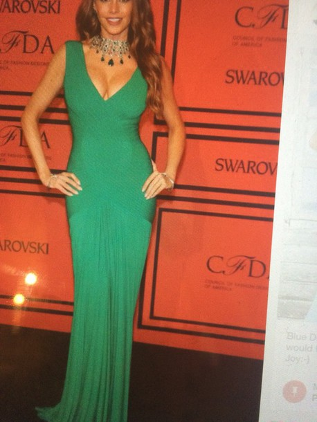 dress sophia vergara green gown