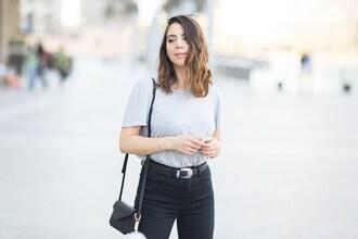five five fabulous blogger jeans t-shirt bag shoes belt