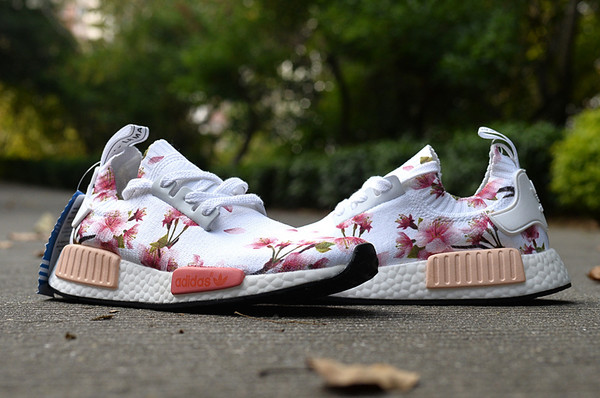 fkvlvf Adidas NMD White Custom Flowers Runing Shoes