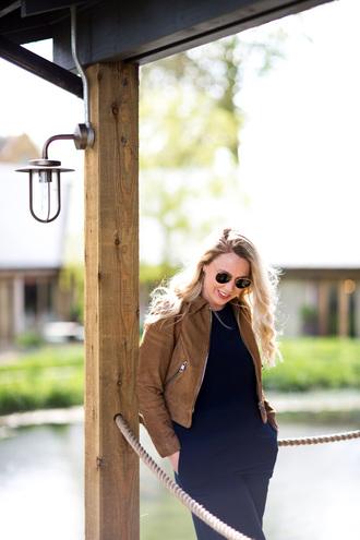 british fashion blog - mediamarmalade blogger jumpsuit jacket jewels brown jacket spring outfits blue jumpsuit