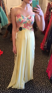 dress,prom,yellow,pastel,prom dress,prom gown,floral dress