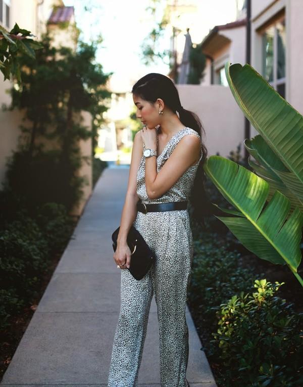 honey and silk sweater bag belt shoes jewels