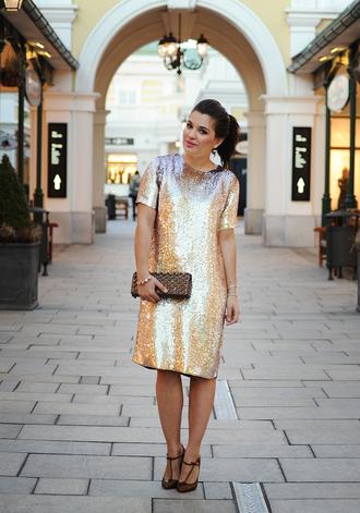 dariadaria blogger sequin dress gold sequins t-strap heels
