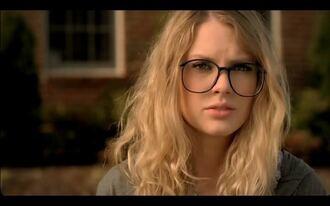 glasses cute nerd you belong with me blonde hair taylor swift old school