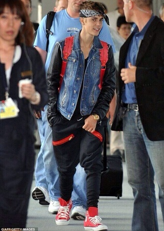bag bandana denim jacket denim justin bieber sweatpants converse jacket pants shoes