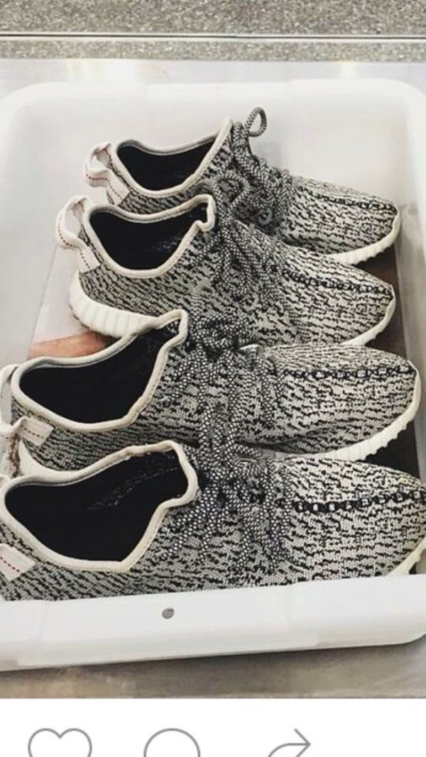 Shop Women Yeezy 350 bb5350 australia Black For Sale Discount