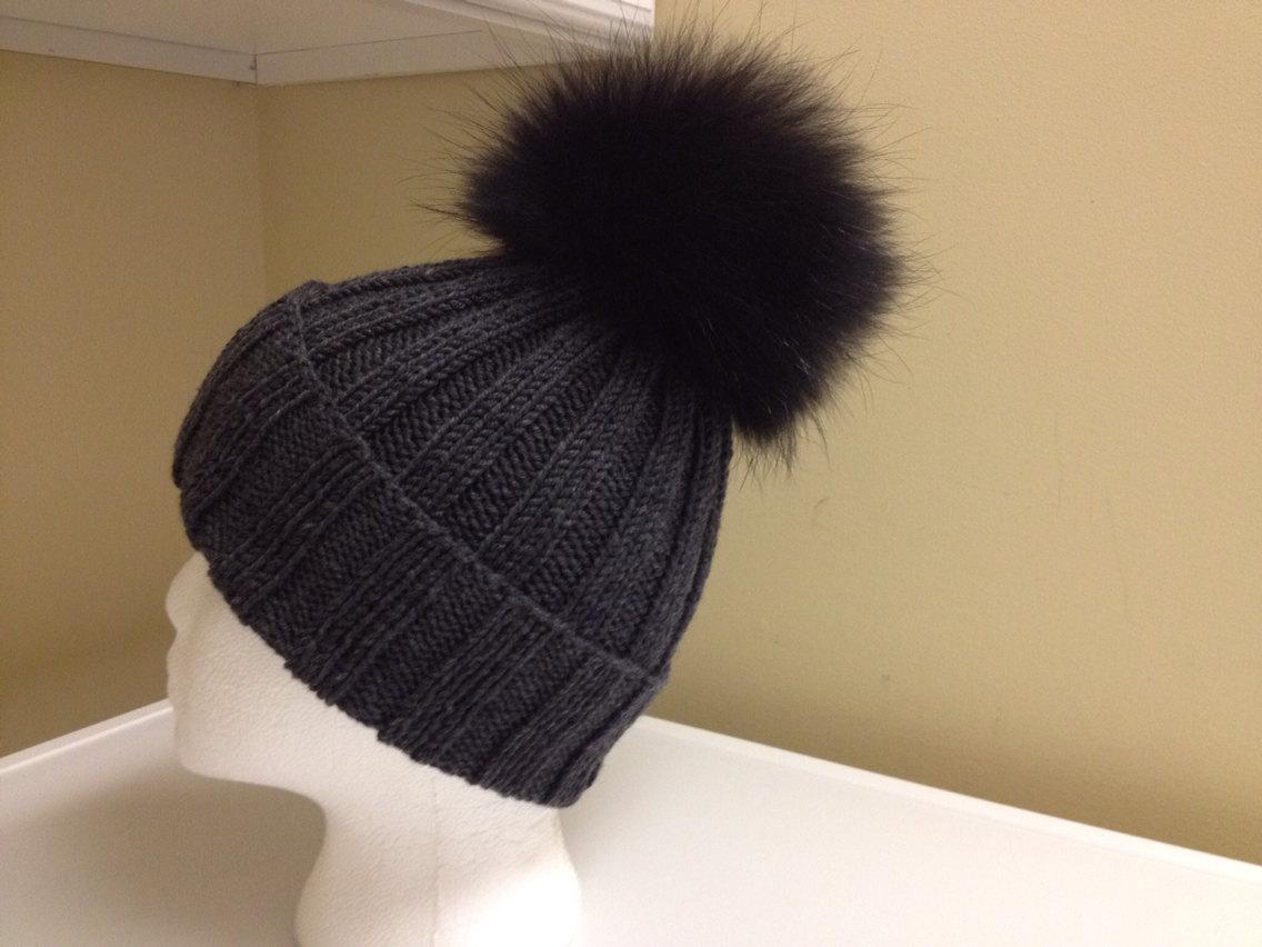 Ribbed Gray Wool Beanie Hat - Black Raccoon Fur Pom Pom ebe67176952