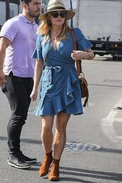 dress,fall outfits,fall sweater,denim,denim dress,reese witherspoon,celebrity