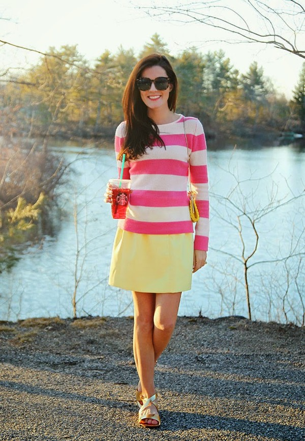 classy girls wear pearls sweater skirt shoes bag jewels