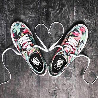 shoes sneakers vans vans sneakers flowers