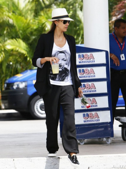 shoes jessica alba t-shirt