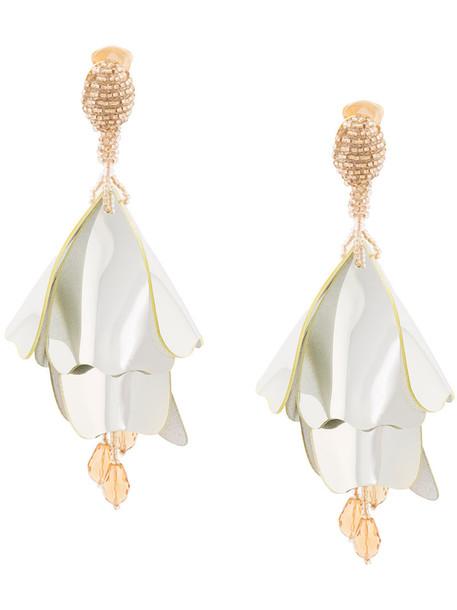 oscar de la renta women plastic earrings floral grey jewels