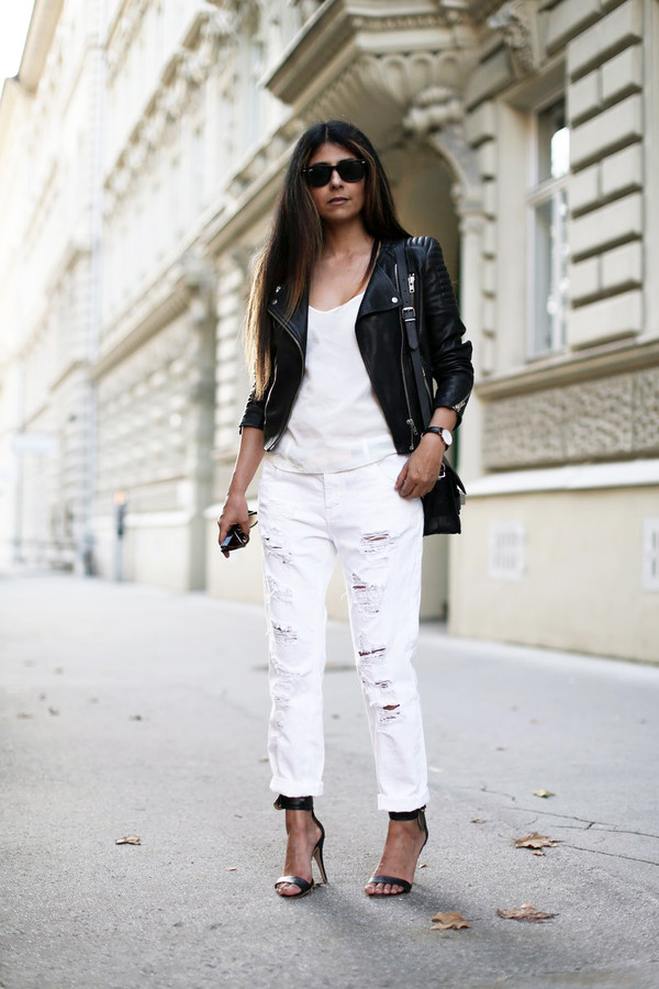 fashion landscape blogger jewels jeans jacket sunglasses bag shoes tank top white shirt leather jacket distressed denim jeans black sandals