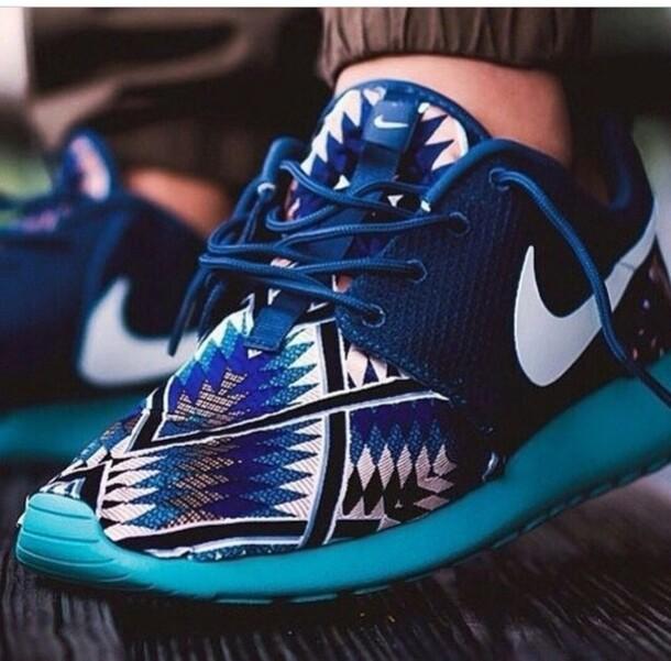 shoes nike sneakers roshe runs