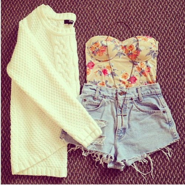 bustier floral bustier outfit cute outfits knitted sweater white sweater denim shorts distressed denim shorts cross sweater floral ripped shorts hipster shirt crop tops shorts top jeans cream wooly jumper winter sweater boustier cardigan blouse clothes short shorts strapless top