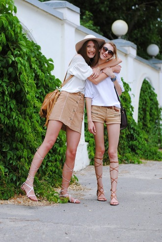 yuliasi blogger blouse shoes hat jewels bag