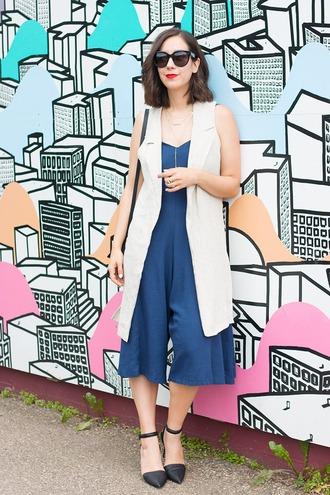 adventures in fashion blogger romper zara vest