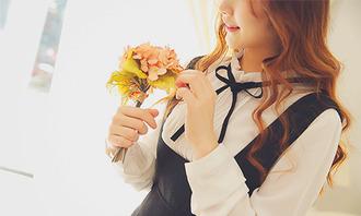 white blouse blouse