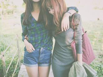 shirt shorts friends