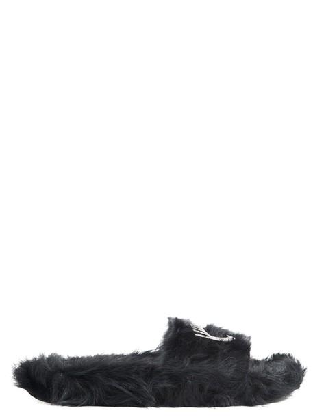 Chiara Ferragni black shoes
