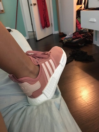 pink pink sneakers adidas adidas shoes shoes low top sneakers rose pastel tennis shoes cute fashion pink adidas nude nude shoes adidas nmd r1 raw pink cute shoes adidas nmd r1 pink adidas nmd rose gold adiddas adidas pink runners shorts addias shoes sneakers trainers wow
