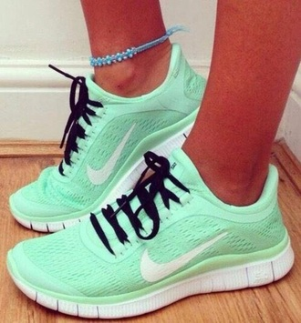 shoes mint nike free run