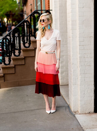 yael steren blogger skirt top belt shoes sunglasses jewels make-up nail polish