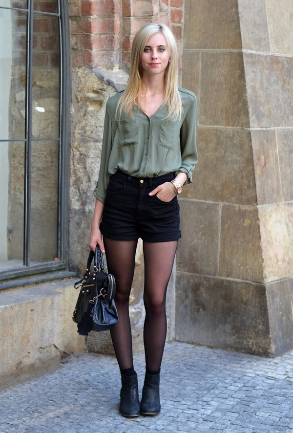 vogue haus blouse shorts shoes bag jewels