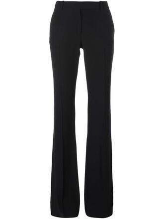 fit black pants