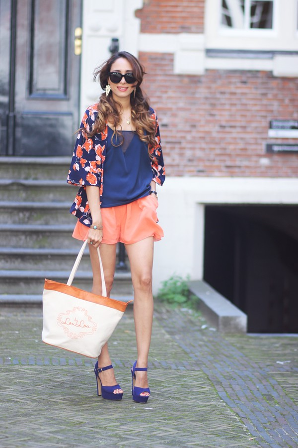 preppy fashionist blogger sunglasses jewels top bag