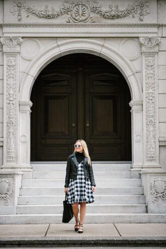 bows&sequins blogger bag sunglasses jewels