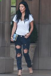 jeans,top,ripped jeans,kourtney kardashian,pumps,clutch,shoes,pants,white top,black jeans,kardashians