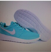 shoes,nike,nike shoes,nike running shoes,running shoes,running,teal,turquoise,white,athletic,workout,workout shoes