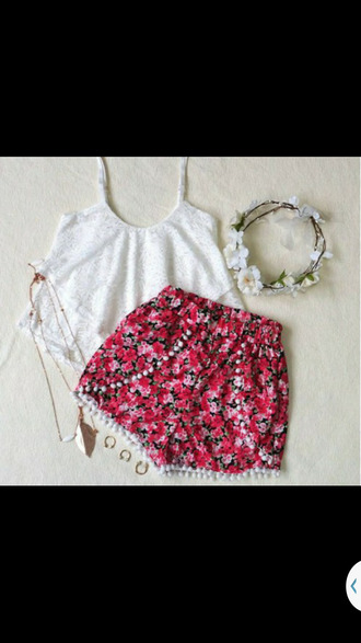 shorts red top boho floral pink hair accessories pomp pom shorts