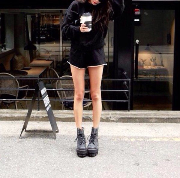 shorts black white cute tumblr sweater shoes