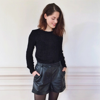 fashion fillers blogger shorts leather shorts jumper