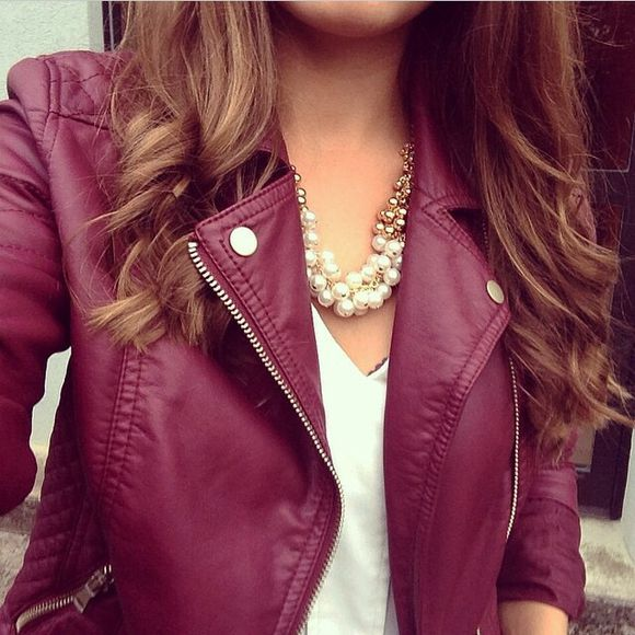 jacket jewels leather jacket perfecto top leather white necklace white top tank top prune bordeau pearl pearl necklace