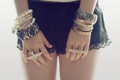 jewels,bangle,bracelets,jewelry,blacelet,ring,big necklace,big rings,oversized sweater,shorts,birds