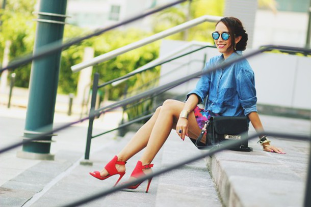 preppy fashionist blogger red heels denim shirt blouse dress bag shoes