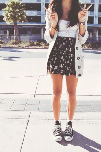 sweater cardigan oversized cardigan cream knit buttons skirt black floral high waisted skirt jewels shirt shoes patterned circle skirt cute sweaters coat knitted cardigan skater skirt tank top white converse high tops converse black floral skirt jacket floral skirts camisole top dress