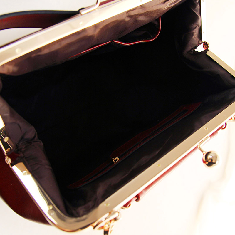 Fresh leleshop2013 small bow genuine leather clip all match messenger bag-inMessenger Bags from Luggage & Bags on Aliexpress.com
