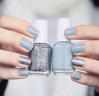 nail polish prom beauty pll ice ball silver light blue essie date outfit hair/makeup inspo nail accessories tumblr nails blue beautiful